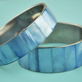 Shell Bangle light blue