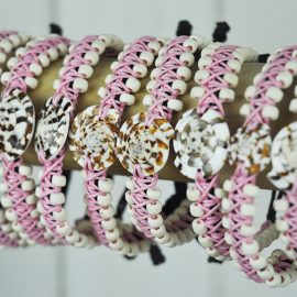 Beaded Shell bangle pink with sundial