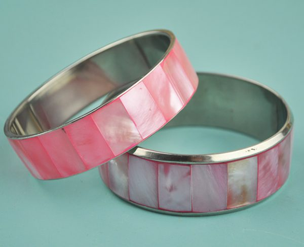 Shell Bangle pearled pink